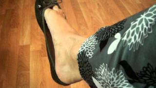 Download Dangling and shoeplay with green flats ballerinas Video