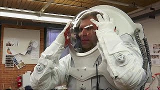 Download Students and NASA design suit for Mars Video