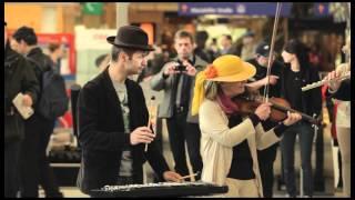 Download Flashmob Carmina Burana Video