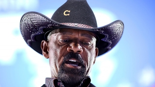 Download Sheriff Clarke's jail is under investigation Video