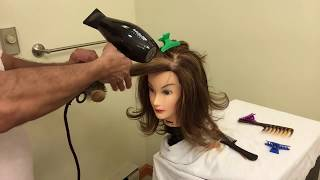 Download Como cepillar el cabello con las puntas onduladas - FLIT UP BLOW DRY Video