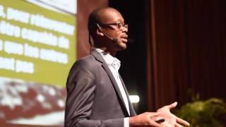 Download Réinventons les Médias Publics | Ahmadou Bakayoko | TEDxAbidjan Video