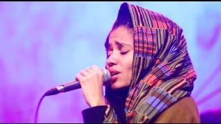 Download Nneka LIVE ″Walking″ - My Fairy Tales - Tour 2015 @Jam'in'Berlin Video