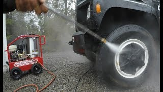 Download Buying a hot water pressure washer Video