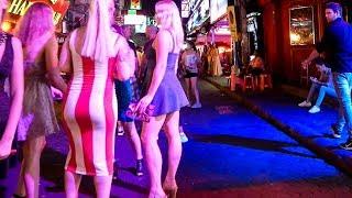 Download Pattaya Walking Street at Night 2019 Video