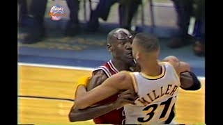 Download 10.02.1993 - Michael Jordan vs Reggie Miller! (Long Version & Good Quality) Video