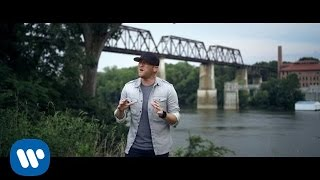 Download Cole Swindell - Middle Of A Memory Video