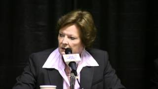 Download Pat Summitt gives Holly Warlick her whistle Video