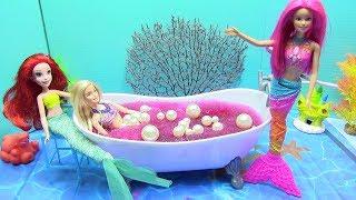 Download Cuộc Sống Của Những Búp Bê Nàng Tiên Cá (Tập 1) Tìm Ngọc Trai Và Tắm Bồn Gelli Baff Khổng Lồ Video