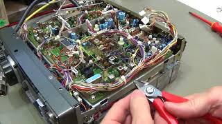 Download #165 ICOM IC-735 not tranceive fixed. Detailed alignment procedure shown. Video