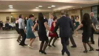 Download BATUTA MOLDOVENEASCA - nunta Italia muzica de petrecere servicii video si foto Video