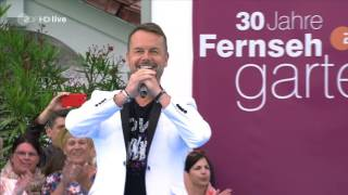Download Caught In The Act - Love Is Everywhere (ZDF-Fernsehgarten - july 03, 2016) Video
