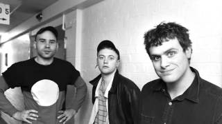 Download DMA'S - Beautiful Stranger (Madonna Cover) Video