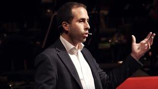 Download ChangeMaker: Tutti possono essere attori del cambiamento | Alessandro Valera | TEDxBologna Video