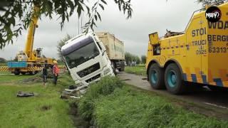 Download 12-08-2016 Berging vrachtwagen Oude Molenweg Doornspijk Video