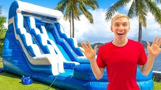 Download GIANT BACKYARD INFLATABLE NINJA TRAINING OBSTACLE COURSE!! (Game Master Treasure Chest Clues Found) Video