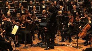 Download عرض تفاعلي في فرنسا بين الجمهور وفرقة كلاسيكية بواسطة تطبيق على الهاتف الذكي Video