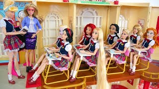 Download Barbie Rapunzel School Morning Routine School Life Kehidupan sekolah boneka Barbie Vida Escolar Video