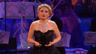 Download André Rieu - Don't cry for me Argentina live at Radio City, New York Video