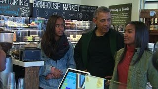 Download Obamas celebrate Small Business Saturday with shopping trip Video
