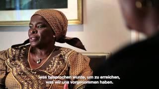 """Download Queen Mother (Royal Bafokeng Nation): """"Wenn man mit Menschen arbeitet, besteht immer ein Risiko.″ Video"""