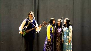Download Jhola Techung la & daughters MPEG 4 Video