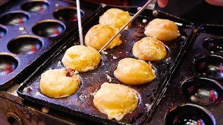 Download Japanese Street Food - NINJA TAKOYAKI Black Octopus Balls Osaka Japan Video