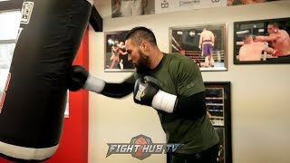 Download JOSEPH PARKER DENTS UP HEAVY BAG DURING TRAINING FOR ANTHONY JOSHUA! Video