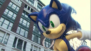 Download Macy's Thanksgiving Parade 2011 - The NEW Sonic The Hedgehog Balloon (20TH Anniversary) Video