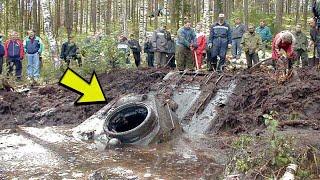 Download Dečak je primetio čudnu rupu u jezeru a kada je pogledao unutra, otkrio je dugo čuvanu tajnu ! Video