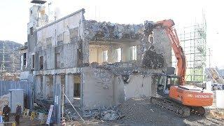 Download ずっと解体を望んできた、でも… 大槌町旧庁舎の解体始まる Video
