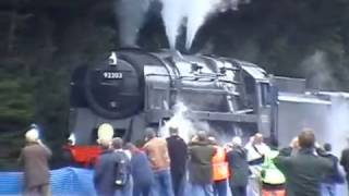 Download BR 9F 92203 'Black Prince' pulls a 1000+ tonne ballast train Video