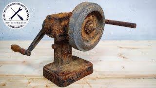 Download Antique Hand Cranked Grinder - Restoration Video