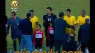 Download تقبيل علاء مبارك للاعبى الاسماعيلى واهتمامه الخاص بنجوم الدراويش Video