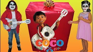 Download Disney Pixar Coco Makeup Makeover Halloween Costumes and Toys Video
