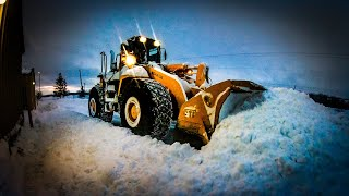 Download RECORD SNOW STORM PLOWING *deep snow plowing* Video