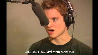 Download [PS2] The Lord of the Rings The Two Towers - Interview Elijah Wood Video