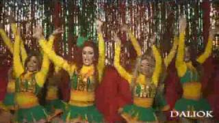 Download :::THE CHEERLEADERS 2010::: fROm :::THE DOLLS UNIVERSITY::: Video