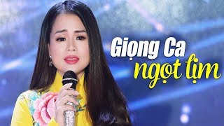 Download Cả phòng trà 'tan chảy' với giọng ca ngọt lịm của Ngọc Nữ Bolero Mai Kiều - LK Bolero Trữ Tình 2018 Video