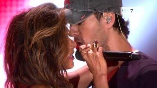 Download Enrique Iglesias, Nicole Scherzinger - Heartbeat (LIVE HD) Video