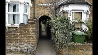 Download RARE Alley to a railway crossing in London Video