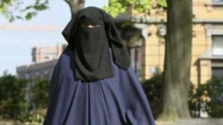 Download German Chancellor Angela Merkel calls for burqa ban Video