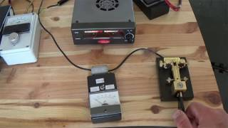 Download The effect of a 1:1 balun on a resonant dipole Video