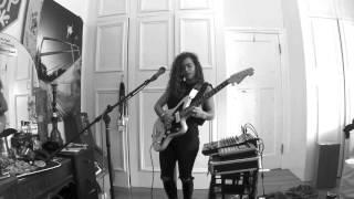 Download TASH SULTANA - NOTION (LIVE BEDROOM RECORDING) Video