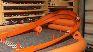 Download HOT WHEELS 1/2 MILE DOWN & BACK ″DAY 1″ Video
