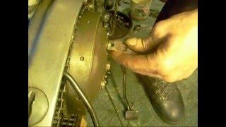 Download setting up the clutch pt3 Triumph Bonneville Video