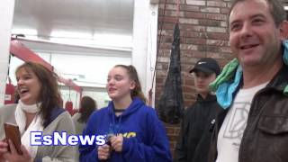Download justin beiver fan in tears after wearing his hat and glasses - EsNews Boxing Video