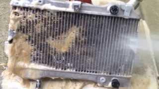 Download THE BEST NO SCRUBBING ATV UTV RZR Dirtbike Radiator cleaning Suzuki LTR 450 Video