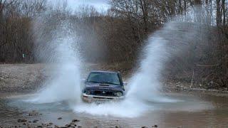 Download Стандартные Nissan Terrano и новые Нивы Lada 4x4 в грязи в горах. Плачущая скала, джиперский водопад Video