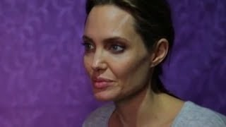 Download Angelina Jolie Meets Syria's Lost Children Video